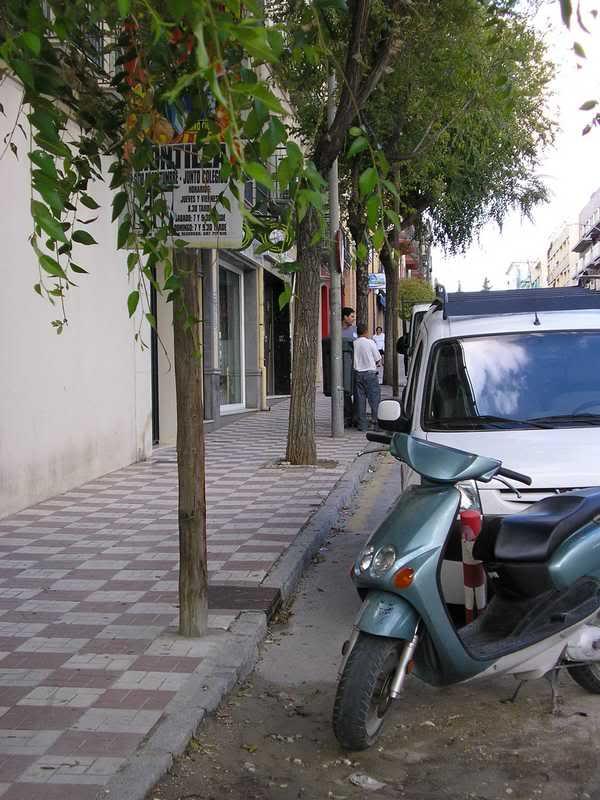 Postes con solera en la Avenida de Andalucía