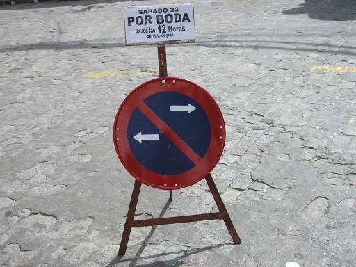 Prohíbido aparcar por boda