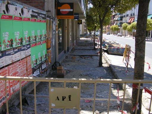 Avenida de Andalucía - Obras en la puerta del butano