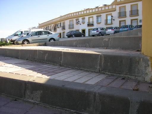 Más escaleras en la zona del Coto